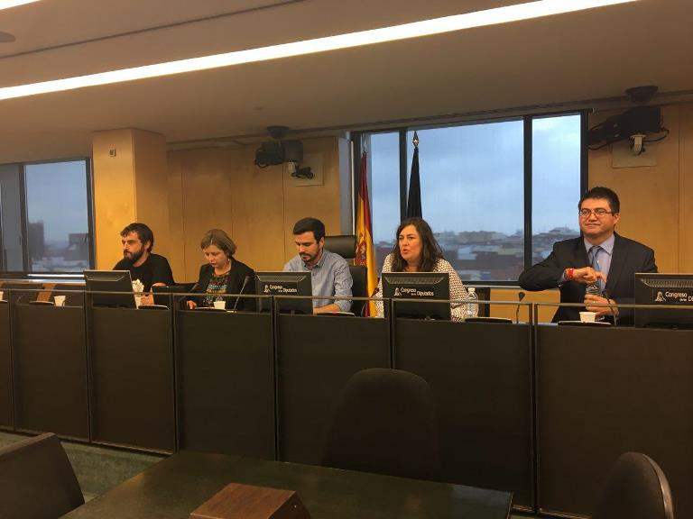 Se presenta el 'Manifiesto de Oviedo'. 600 cargos públicos contra la deuda y la Ley Montoro