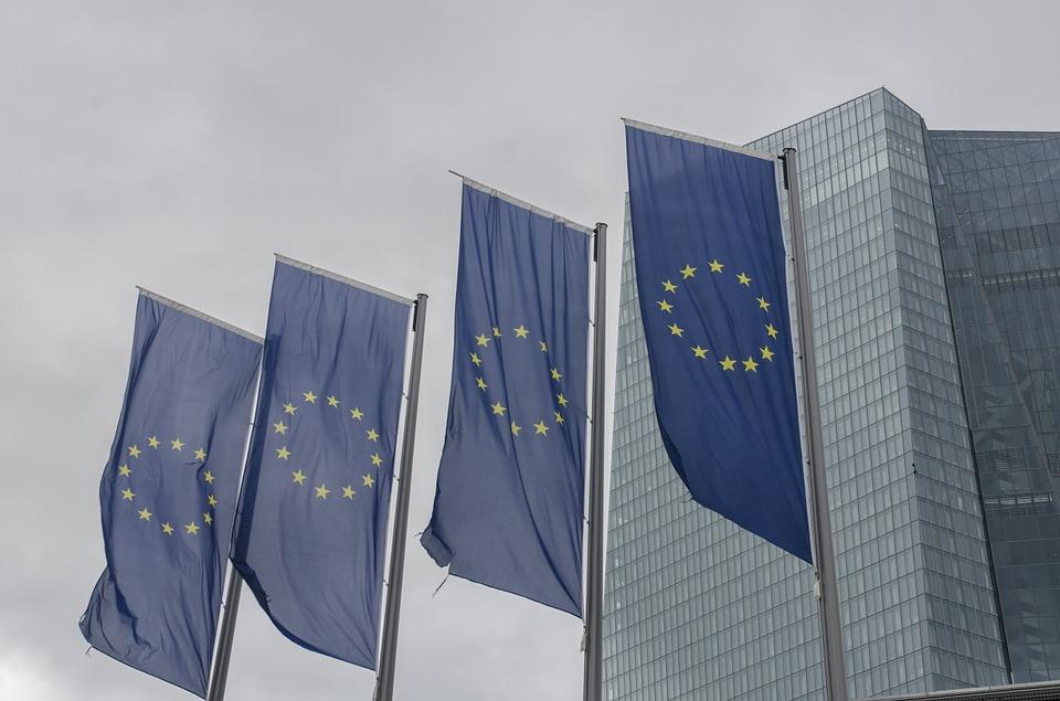 Rescate bancario en la UE: un negocio de 213.000 millones de euros para el oligopolio de las auditorías