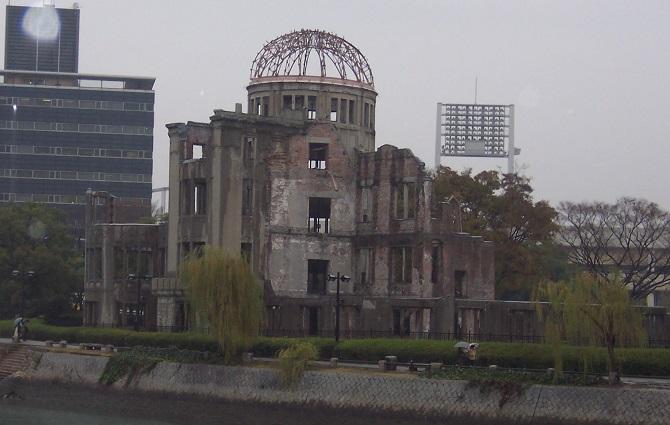 """¡Hiroshima, mon amour! (o los fantasmas descarnados que vieron """"los hibakusha"""")"""
